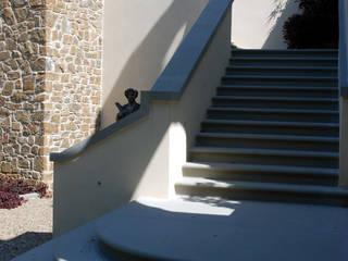 Maisons classiques par RASPANTI PIETRA SERENA SRL Classique Pierre
