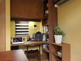 ナチュラルスタイルでゆったり暮らす カントリーデザインの 書斎 の アトリエグローカル一級建築士事務所 カントリー