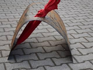 Regenschirmständer: industriell  von Stahlmanufaktur Wind,Industrial