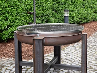 Grill und Feuerschale: industriell  von Stahlmanufaktur Wind,Industrial