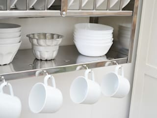 Middle Plate Rack:   by The Plate Rack