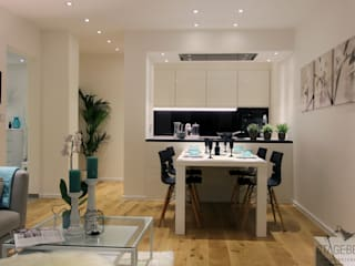 Home Staging Jakomini: modern  von StageBella,Modern