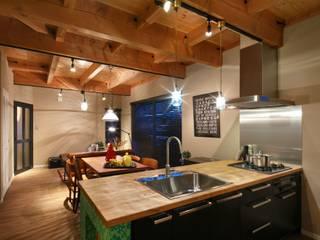 Cucina in stile classico di dwarf Classico