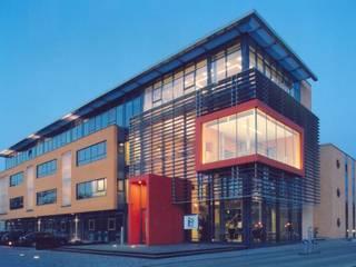 Verwaltungsgebäude Handwerkskammer Dresden Moderne Bürogebäude von Planungsring Ressel GmbH Modern