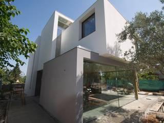 Vivienda Unifamiliar Casas de estilo moderno de JEEV ARQUITECTURA Moderno
