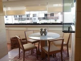 Modern Balkon, Veranda & Teras Lucio Nocito Arquitetura e Design de Interiores Modern