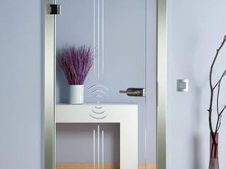 Glastüren Rillenschliff Design schoener-bauen24.de Moderne Wohnzimmer