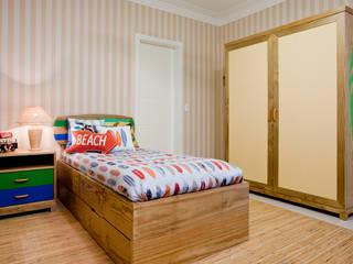 Nursery/kid's room by Karla Silva Designer de Interiores, Tropical
