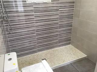 Modern Bathroom by INTERMOBLE COCINAS Modern