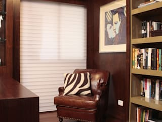 Fernanda Moreira - DESIGN DE INTERIORES Modern style study/office Leather Brown