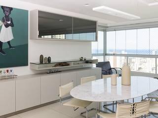 Residência T|R - VZ Arquitetas Phòng ăn phong cách hiện đại bởi Lyssandro Silveira Hiện đại