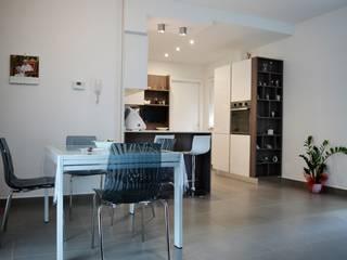 Progettazione Cucina-Living Nuovo Appartamento:  in stile  di Mario Gena