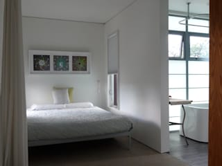 Container home Modern style bedroom by Ecosa Institute Modern