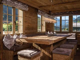 Salas de jantar rústicas por RH-Design Innenausbau, Möbel und Küchenbau Aarau Rústico