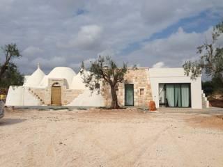 Mediterranean style house by architetto Lorella Casola Mediterranean