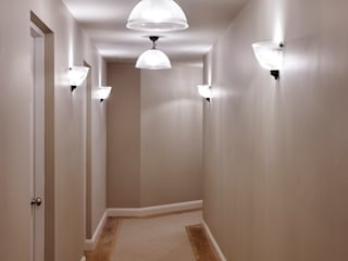 Piccadilly Lofts Apartments, York Ingresso, Corridoio & Scale in stile industriale di Rachel McLane Ltd Industrial
