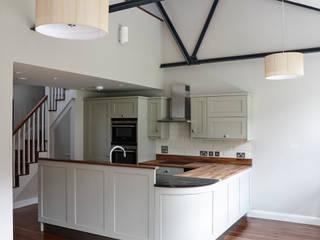 Piccadilly Lofts Apartments, York Cucina in stile industriale di Rachel McLane Ltd Industrial