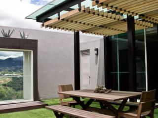 Proyectos studio Roca STUDIOROCA Balcones y terrazas modernos