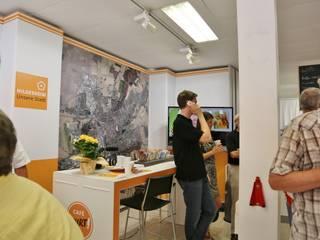Wir durften das Innenraum Konzept für das temporäre Cafe Kurt erstellen Moderne Esszimmer von SSP SCHMITZ SCHIMINSKI Parter GbR - Planung für Raum - Licht - Design Modern