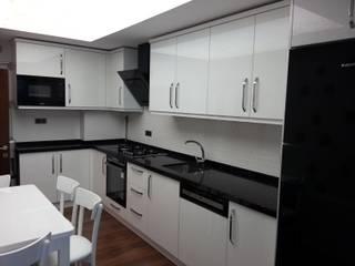 Mutfak Dolabı Modern Mutfak Erim Mobilya Modern İşlenmiş Ahşap Şeffaf