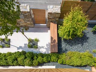 BEGRÜNDER Jardines de estilo moderno