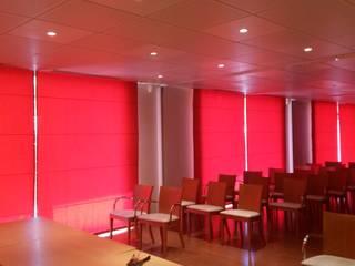 Projet entreprises Espaces de bureaux modernes par Ambiance d'Autan Moderne