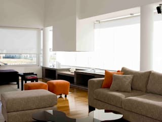 Modern Living Room by Remy Arquitectos Modern