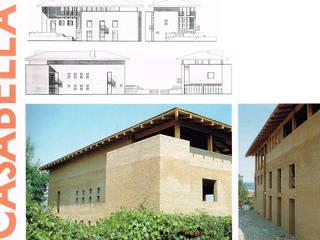 Edificio Unifamiliare:  in stile  di Studio Pinelli Architetti