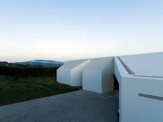 Casa Rosto do Cão Casas minimalistas por Monteiro, Resendes & Sousa Arquitectos lda. Minimalista