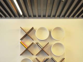 Libreria Tris di Produzioni Proietto Minimalista