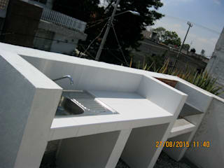 Fixing Eclectic style balcony, veranda & terrace Bricks White