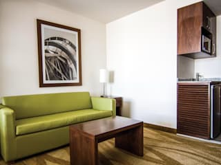 Holiday Inn Express:  de estilo  por diesco,