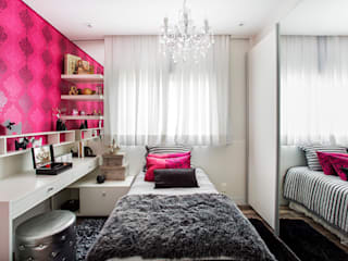 Modern style bedroom by RB ARCHDESIGN Modern