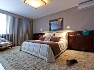 Rosangela C Brandão Interiores Modern style bedroom