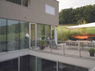 Privatgarten mit Weitblick BEGRÜNDER Moderner Garten