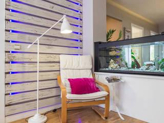 HOME STAGING BASICO PAMPLONA www.jaioneelizaldehs.es Estudios y despachos de estilo moderno de homify Moderno