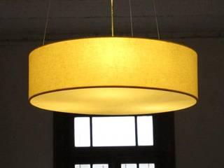 Lámparas:  de estilo  por OBJETOS LUMINOSOS