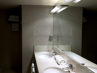 Pujol Iluminacion BathroomLighting