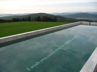 Minimalist pool by BEGRÜNDER Minimalist