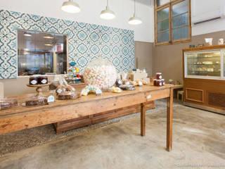 Espaços gastronômicos  por Pia Estudi , Mediterrâneo