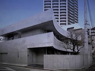 Projekty, minimalistyczne Domy zaprojektowane przez 柳田繁穂一級建築士事務所