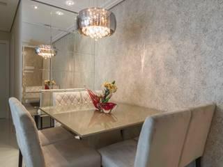 Obra Santo Andre Salas de jantar modernas por Silvana Borzi Design Moderno
