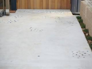 アオバの家 モダンな庭 の シキナミカズヤ建築研究所 モダン