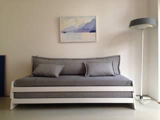 Gästebetten: modern  von Katja Söchting interior design studio,Modern