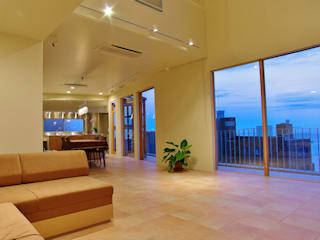 Modern living room by 川口孝男建築設計事務所 Modern