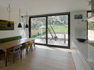 Dapur Modern Oleh Mayr & Glatzl Innenarchitektur Gmbh Modern