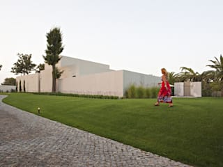 Susana Camelo Asian style garden Green