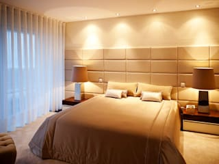 Modern Bedroom by Susana Camelo Modern