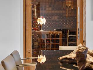 moderne Wijnkelder door Isabela Canaan Arquitetos e Associados