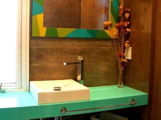 Salle de bains de style  par AGUIRRE+VAZQUEZ